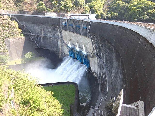ダム 放流 天ヶ瀬